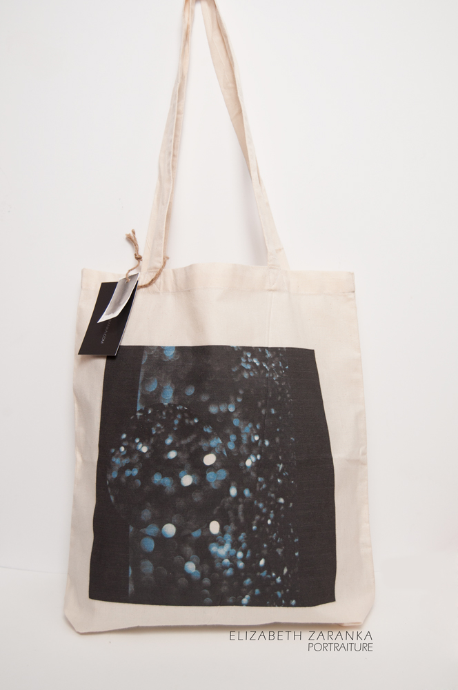 shopper bag with abstract design